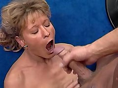 Hot mature waiting cumshot in mouth after hot fuck